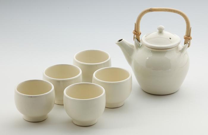 丸紋土瓶・番茶碗2